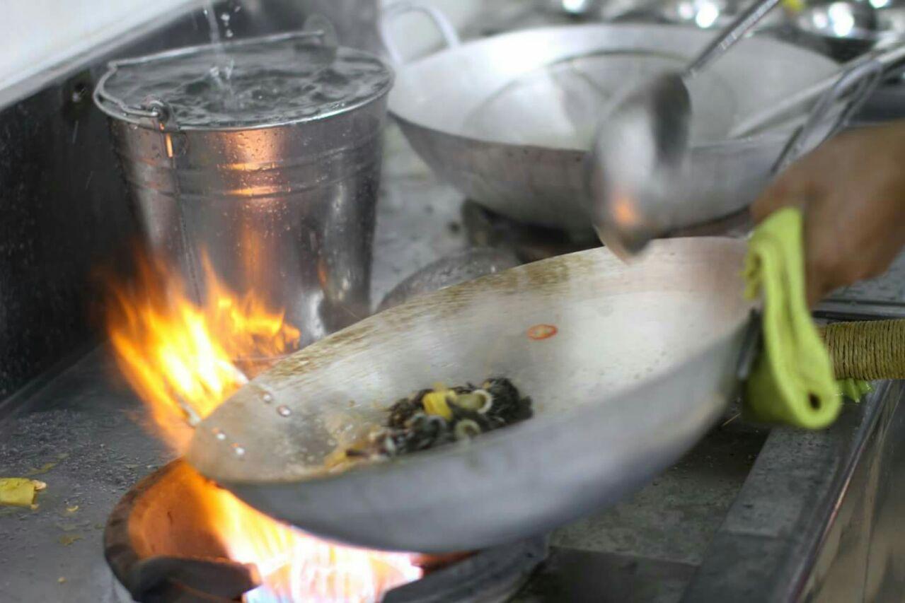 Cách dùng bếp gas công nghiệp tiết kiệm gas