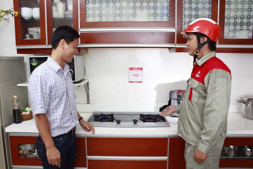 cach-kiem-tra-chat-luong-van-gas-va-day-dan-gas3