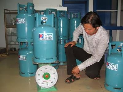Cửa hàng gas Petrolimex Long Biên