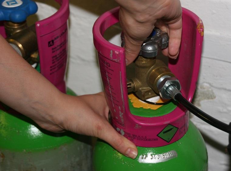 khóa gas đảm bảo an toàn khi nấu nướng