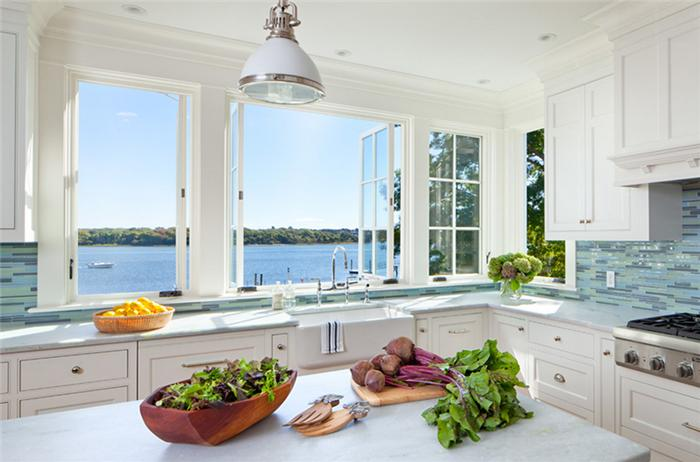 mở cửa sổ phòng bếp khi có sự cố rò rỉ khí gas