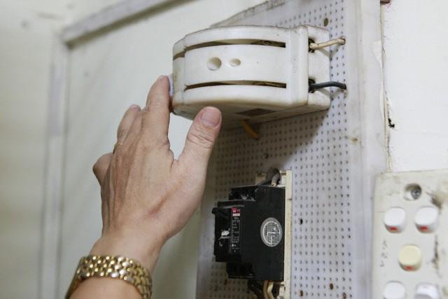 ngắt cầu dao điện khi có rò rỉ khí gas