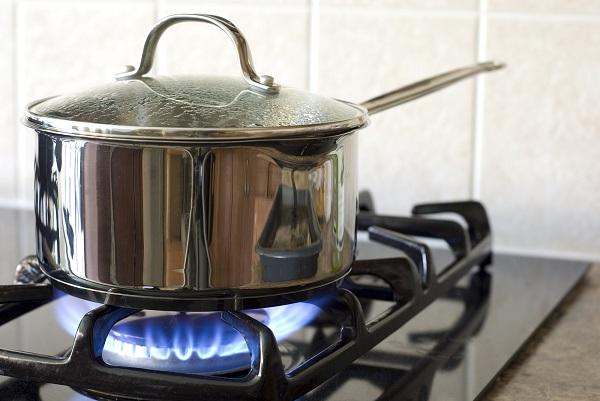 thiết bị đảm bảo an toàn cho bếp gas thường nằm trên mâm chia lửa